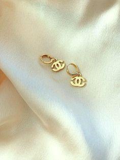 Ear Jewelry, Cute Jewelry, Jewelry Accessories, Gold Jewelry, Women Jewelry, Prom Jewelry, Jewelry Clasps, Stylish Jewelry, Unique Jewelry