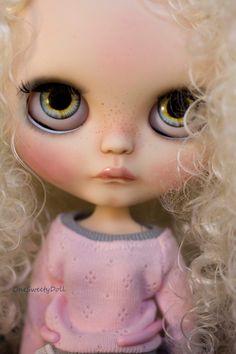 Werksseitig reserviert für Alessandra N2 - Vanille - RBL Blythe OOAK weißes lockiges Haar