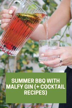 Cocktail And Mocktail, Gin Cocktail Recipes, Frozen Cocktails, Fun Cocktails, Keto Shakes, Gin Lovers, Fancy Drinks, Vegan Smoothies, Holiday Drinks