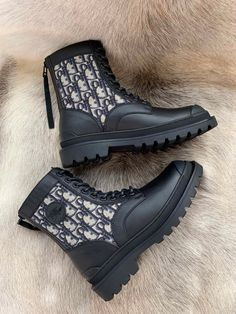 Dr Shoes, Hype Shoes, Black Ankle Boots, Heeled Boots, Shoe Boots, Fashion Boots, Sneakers Fashion, Christian Dior Shoes, Adidas Boots