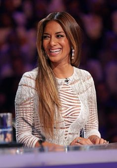 253557f9-61bb-4959-8d84-3258fa2e4436_nicole-scherzinger-hair-makeup-beauty-the-x-factor-first-live-shows.jpg 504×720 pixels