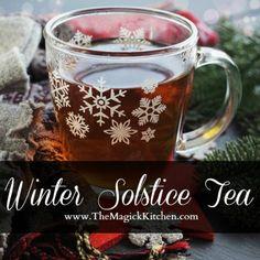 Winter Solstice Tea – The Magick Kitchen Pagan Yule, Apple Cider Sangria, Solar System Crafts, Mulling Spices, Tea Recipes, Drink Recipes, Winter Solstice, Unique Recipes, I Love Food
