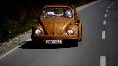 Un Volkswagen Escarabajo de madera