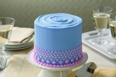 Learn how to decorate cakes and sweet treats with basic buttercream techniques in Course 1. Sign up at @joannstores.