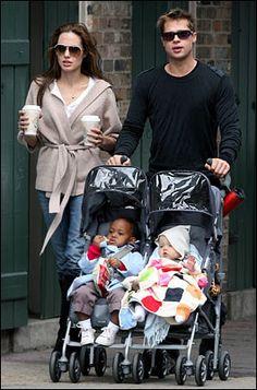 Angelina Jolie and Brad PItt with the kids