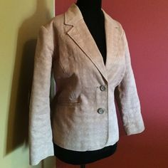 Merona tan short jacket 💯 linen lined sz L Merona tan short jacket 💯 linen lined sz L Merona Jackets & Coats Blazers