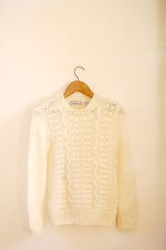 vintage knit cream sweater