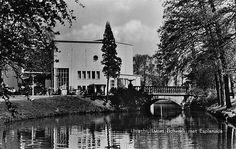 Binnenstad   Lucasbrug 1960   Lucas Bolwerk met Schouwburg en Esplanade