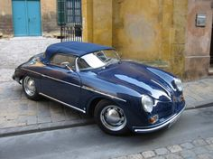 Vintage Porsche, love the cut down tops on these!