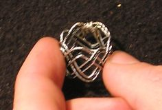 M.A.I.L. - Maille Artisans International League - Free tutorial Making a Turk's Head Knot Ring (W.I.R.E.) -