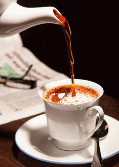 9 Blindsiding Useful Ideas: Coffee Tattoo Bible Verses turkish coffee sea.How To Grow A Coffee Tree but first coffee printable.Coffee And Books Cover Photo. Gif Café, But First Coffee, I Love Coffee, My Coffee, Coffee Creamer, Coffee Gif, Coffee Break, Mini Desserts, Tea Gif