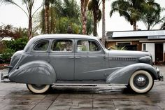 1938 Chevrolet Master Deluxe Sedan Chevrolet Chevelle, Chevrolet Trucks, Chevy, Classic Gmc, Classic Cars, Car Man Cave, Counting Cars, Car Wheels, Nice Cars