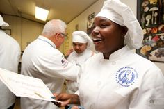 In the kitchen at Oakland's Ralph Bunche High School, four teams of culinary students are sauteing, simmering and searing bite-sized chunks of antibiotic-free chicken, in a culinary challenge as riveting as any reality TV cooking showdown.Simply …