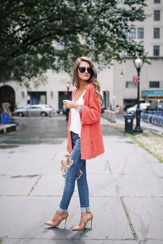 love the color of this cardigan!
