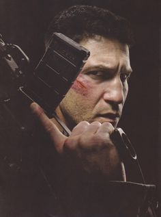 DAREDEVIL: New Look At Jon Bernthal As 'The Punisher'; Awesome Scene Description Revealed