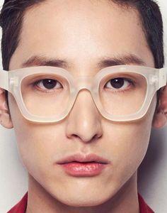 soo-hyuk-syndrome: Random Soo Pic of The Day