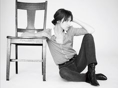 Charlotte Gainsbourg - Born in France Charlotte Gainsbourg, Gainsbourg Birkin, Serge Gainsbourg, Jane Birkin, Style Simple, My Style, Style Star, Hair Style, Kate Barry