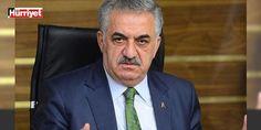 Hayati Yazıcı, o gece uçakta Kılıçdaroğlu ile yaşadıklarını anlattı: AK Parti Genel Başkan Yardımcısı Hayati Yazıcı, Bahçelievler'de bulunan Erzurum Başkale Büyük Geçit Köyü Dayanışma ve Yardımlaşma Derneği'ni ziyaret etti. Burada dernek üyeleriyle sohbet eden Yazıcı, 15 Temmuz darbe girişiminin ilk saatlerinde CHP Genel Başkanı Kemal Kılıçdaroğlu ile aynı uçakta Ankara'dan İstanbul'a geldiğini ve o uçakta yan yana oturduklarını anlattı.