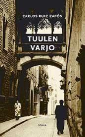 Carlos Ruiz Zafón  Tuulen varjo    Sain kirjan synttärilahjaksi suositusten kera. Kirja on Ihana, ei turhaan hekutettu!