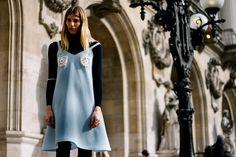Los mejores looks de moda desde las calles de París.