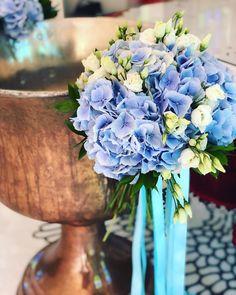 Diy Flowers, Flower Diy, Baptism Decorations, Baby Christening, Baptism Ideas, Vase, Plants, Wedding, Instagram
