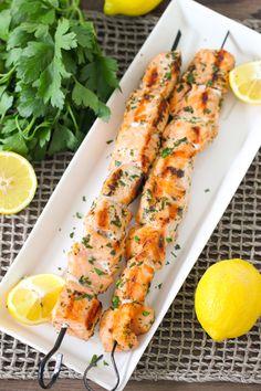 Grilled Lemon and Garlic Salmon Kebabs - Olga's Flavor Factory Barbecue Recipes, Grilling Recipes, Cooking Recipes, Healthy Recipes, Salmon Recipes, Seafood Recipes, Salmon Skewers, Enjoy Your Meal, Lemon Garlic Salmon