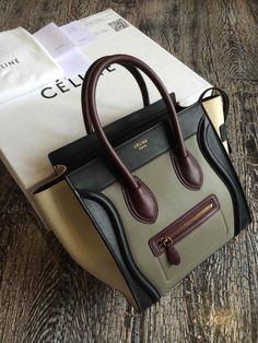 Get one of the hottest styles of the season! The Celine Micro Luggage - Tricolor Brown / Green / Beige Tote Bag is a top 10 member favorite on Tradesy. Celine Handbags, Celine Bag, Gucci, Burberry, Celine Micro Luggage, Purses And Bags, My Bags, Accesorios Casual, Luxury Bags