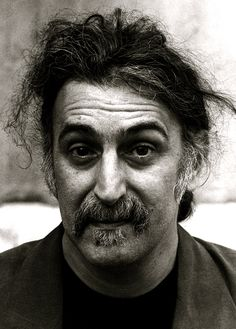 Nai'xyy Frank Zappa Musician Frank Vincent Zappa was an American musician, bandleader, songwriter, composer, recording engineer, record producer, and film director. In a career spanning more than 30 years, Zappa composed rock, jazz, orchestral and musique concrète works. Wikipedia