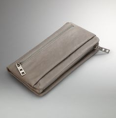 On The Go Clutch. Kenneth Cole New York.