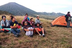 Best camping spot... walk for half an hour and get the great background of Mt. Rinjani.  #mtrinjani #camping #campsite #sembaluvillage #sembalunvalley #lombokisland #hiking #trekking #backpacking #photography #indonesia #amazing #adventure #nature #natgeo #traveling #travellust