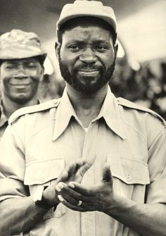 Samora Moises Machel before his departure from Tanzania for Mozambique, where he led Frelimo, the Mozambican Liberation Front, against the Portuguese colonial regime, becoming the country's first president after independence. African Dictators, Pan Africanism, Africa People, Wonder Boys, National History, Photo Grouping, Samar, Founding Fathers, African History