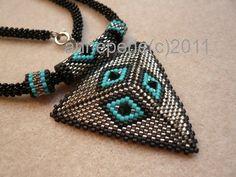 Dreiecksanhänger mit türkisen Rhomben   Flickr - Photo Sharing!