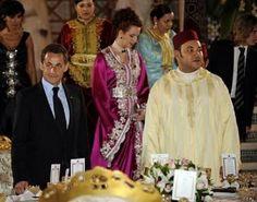 Lalla salma queen of morocco Lalla Salma, Real Life Princesses, Moroccan Caftan, Beautiful Redhead, Royal Fashion, Couture, Celebrities, Womens Fashion, People