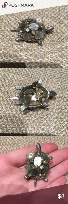 Silver turtle brooch antique Silver turtle brooch antique Avon Jewelry Brooches