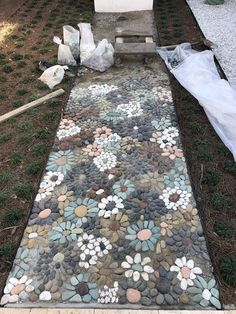 Is this the sweetest thing ever? #stone #Mosaic #pebbles #walkway #path #diy