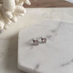 'Ellipsis' earrings sitting pretty 💎 Earrings Marble Coral Tabletop Design  | Sit & Wonder