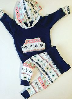 Baby girl outfit / baby clothes / aztec baby by BornApparel