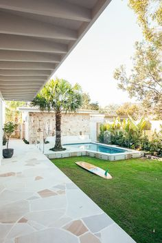 Backyard Pool Designs, Backyard Patio, Backyard Landscaping, Backyard Beach, Outdoor Areas, Outdoor Pool, My Pool, Dream House Exterior, Coastal Homes