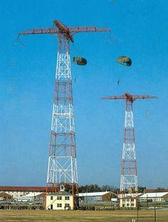 "Airborne Training - ""Jump School"" - petepadilla.com Military Post, Military Careers, Military Quotes, Military Life, Military History, Military Humor, Airborne Army, Airborne Ranger, 82nd Airborne Division"