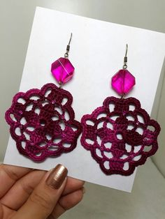 Crochet Jewelry Patterns, Crochet Earrings Pattern, Crochet Accessories, Crochet Designs, Crochet Rings, Love Crochet, Crochet Flowers, Knit Crochet, Manaus Am