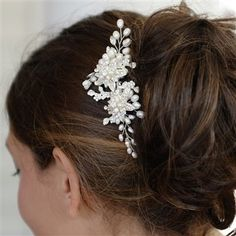 Mariell Genuine Freshwater Pearl Wedding Hair Comb Designer Bridal Headpiece with Crystal Sprays -- Read more at the image link. Bridal Comb, Hair Comb Wedding, Bridal Headpieces, Bridal Hair Accessories, Wedding Jewelry, Wedding Hairstyles, Swarovski, Wedding Day, Sparkle