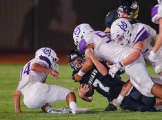 COM Mason Comanche 7 Mason and Comanche met Friday night in a matchup and the smaller school – Mason Punchers took the win easily. (click photos to see lar… Texas High School Football, Photos, Pictures, Cake Smash Pictures