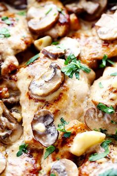 Tender and juicy chicken in the most amazing creamy and delicious garlic mushroom sauce! This makes one incredible 30 minute meal! I have been pretty obsessed with creamy delicious skillet meals lately. But my family LOVES them. I always have most of these ingredients on hand. I buy chicken and heavy cream in bulk from …