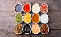 Cum se prepară sosurile pentru pui Aceste rețete sunt destinate sosurilor care pot fi acompaniate de carne de pui. 1. Mujdei Toacă un cățel de usturoi. Amestecă usturoiul si presează-l timp de 15-20 minute. Adaugă 1 linguriță de ulei, sare și piper. După câteva minute, pune încă o lingură de ulei în amestec. Amestecă pe … Ranch Dressing, Pesto, Carne, Cantaloupe, Good Food, Cooking, Recipes, Decor, Side Salad
