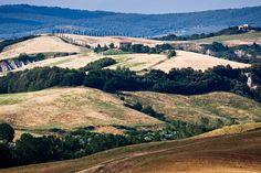 Terras de Siena, região da Toscana, Itália.  Fotografia: efilpera no Flickr.