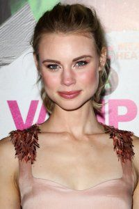 Lucy Fry Marriages, Weddings, Engagements, Divorces & Relationships - http://www.celebmarriages.com/lucy-fry-marriages-weddings-engagements-divorces-relationships/