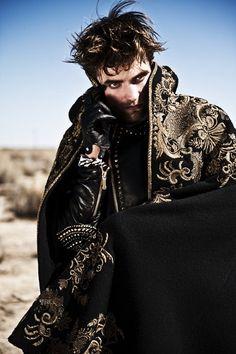 Robert Pattinson Covers 'L'Uomo Vogue'