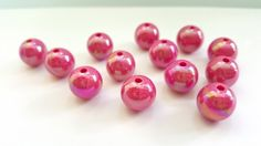 Iridescent Dark Pink Round Acrylic Beads.  12mm in Size.  12 Beautifully…