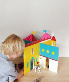 12 Sweet And Creative DIY Dollhouses | Kidsomania
