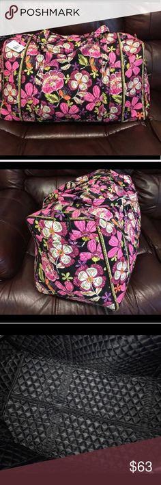 "NWT Vera Bradley large pirouette pink duffel bag NWT Vera Bradley large pirouette pink duffel bag: Dimensions 22"" w x 11 ½"" h x 11 ½"" d with 15"" strap drop Vera Bradley Bags Travel Bags"